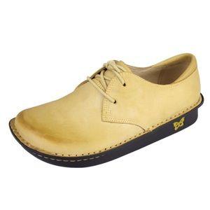 Alegria Bree Butternut Oxford Shoe